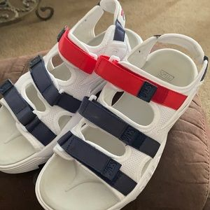 Women's size 10 Fila sandals
